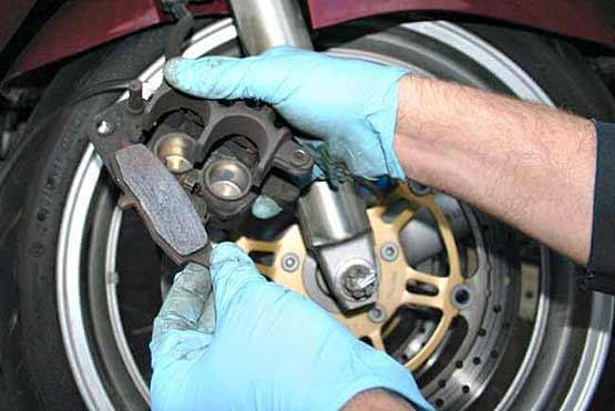 Mantenimiento de frenos de tu moto