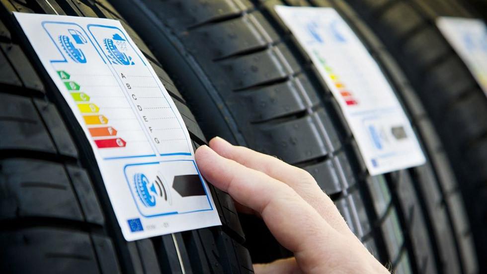 Prohibida la venta de los neumáticos menos eficientes, desde noviembre